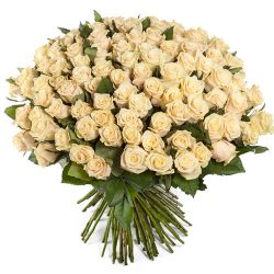 букет 101 кремовая роза