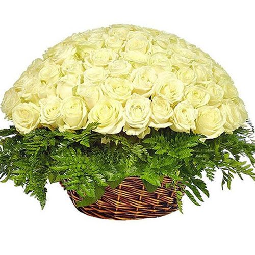 Корзина 101 белая роза фото товара