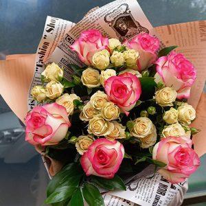 яркий букет цветов на день рождения, свадьбу или новоселье