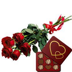 фото товара 5 красных роз с конфетами