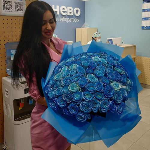 Фото товара 101 синяя роза